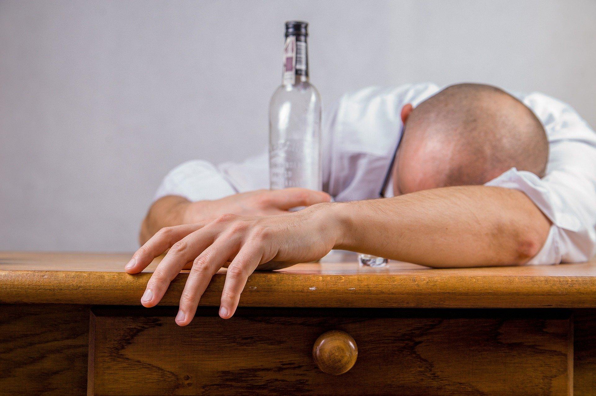 مدمن كحول